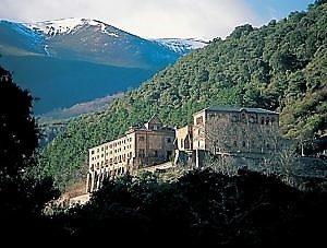 noes-monasterio